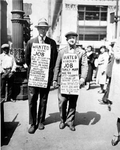 Image of people looking for work during the depression in Canada