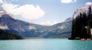 Image of Emerald Lake in BC Canada