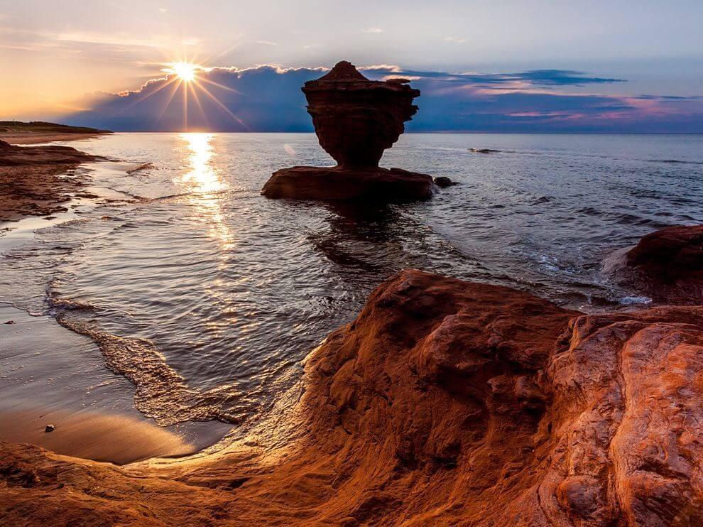 teapot rock prince edward island