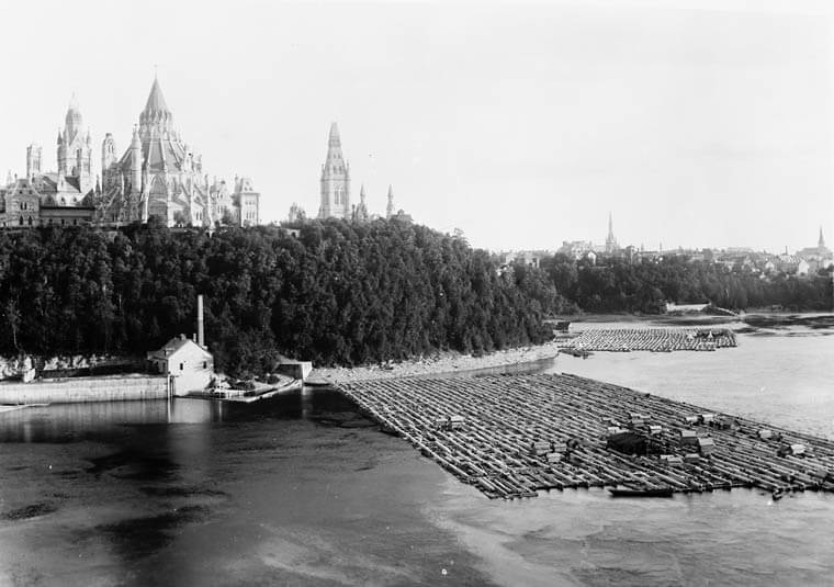 Old picture showing logging in Ottowa River in the Capital of Canada