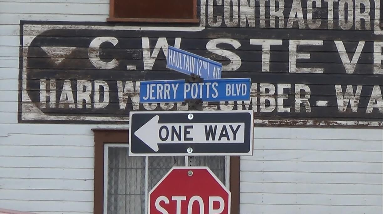 Jerry Potts Boulevard, Fort Macleod.